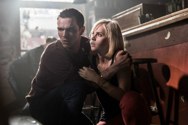 collide-felicity-jones-nicolas-hoult-top-for-pc[1]