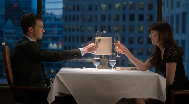 Cinquante nuances plus sombres (Fifty Shades Of Grey 2: Fifty Shades Darker)