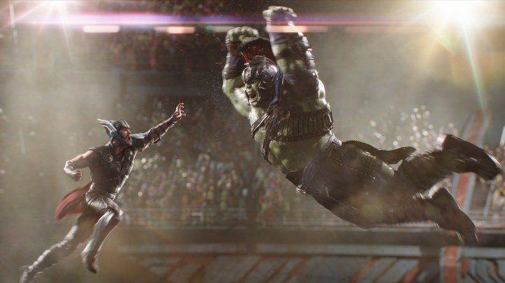 thor-ragnarok-hulk-fight